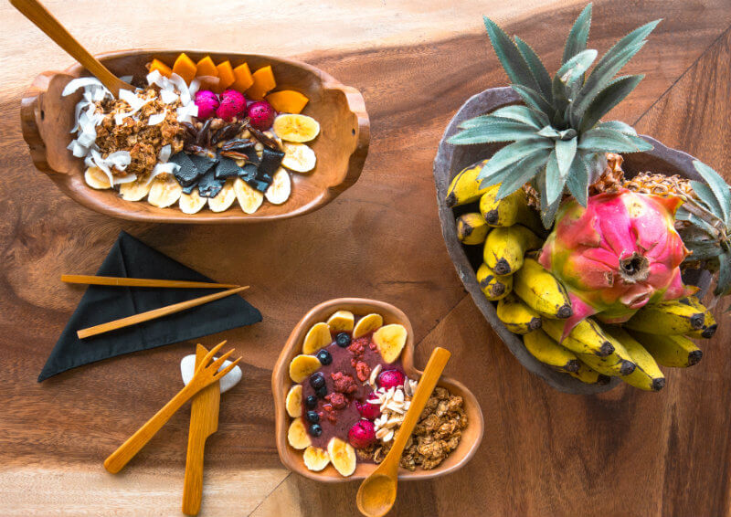 eco-friendly brand bamboo cutlery with smoothie bowls