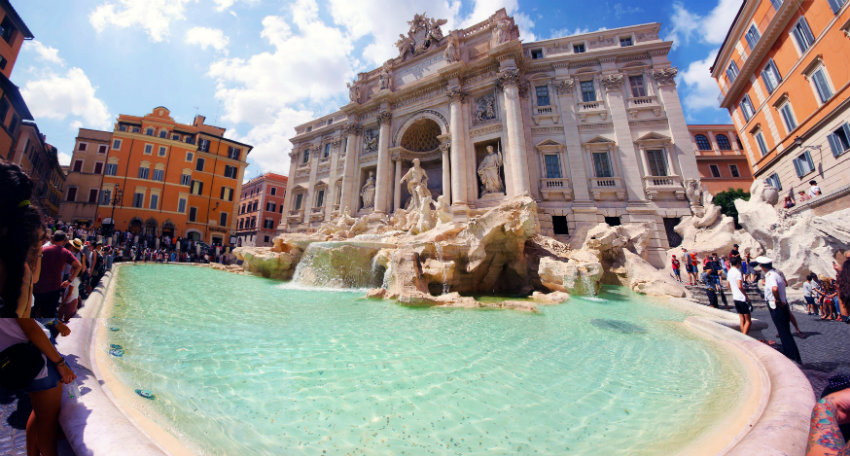 Hidden gems Rome - Trevi Fountain