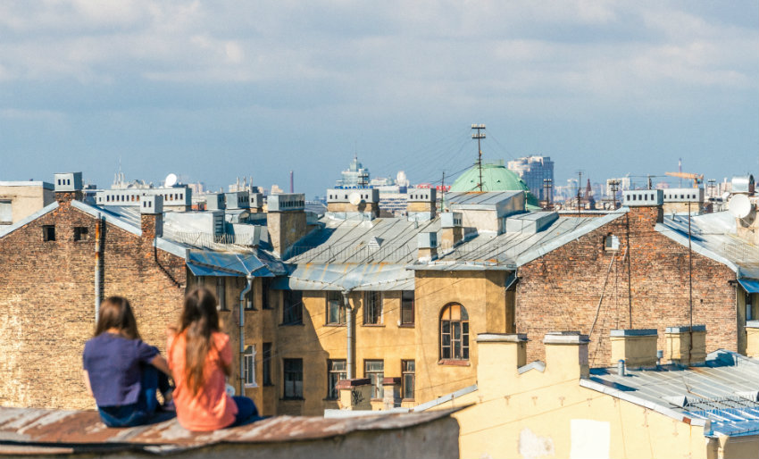 How to find the best accommodation   Living to Roam